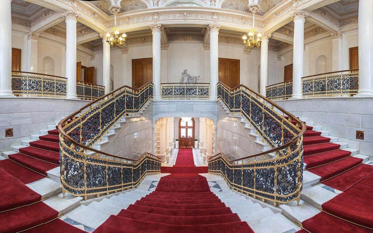 Museus em São Petersburgo. Museu de Fabergé
