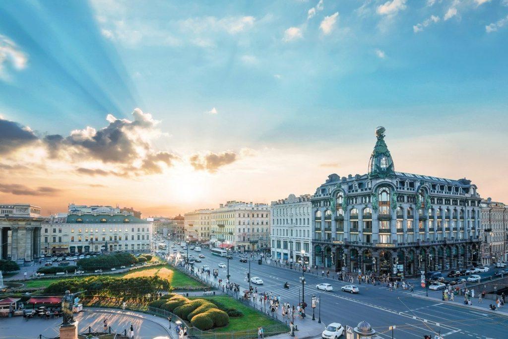 Que ver y hacer en San Petersburgo. La Avenida Nevski
